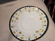 ANTIQUE DEEP CAKE PLATE HANDPAINTED DENSE BLACK SCALLOP RIM  & FLORAL GARLANDS